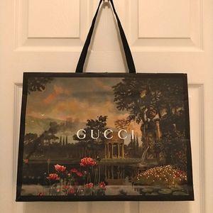 Gucci (authentic) paper bag